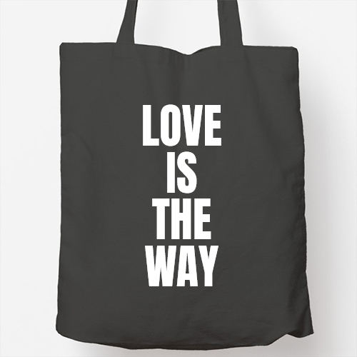 https://media1.positivos.com/168850-thickbox/bolso-tote-bag-love-is-the-way-personalizable.jpg