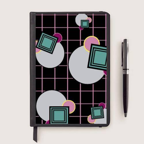 https://media3.positivos.com/99846-thickbox/cuaderno-original-con-estampado-geometrico.jpg