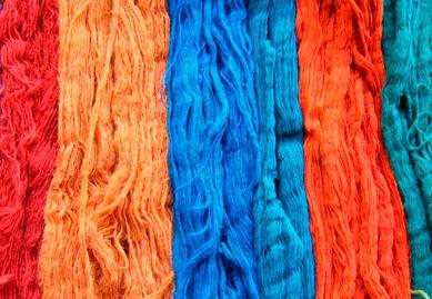 Conoce los tipos y características de las fibras textiles